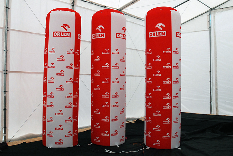 Advertising inflatable pillars